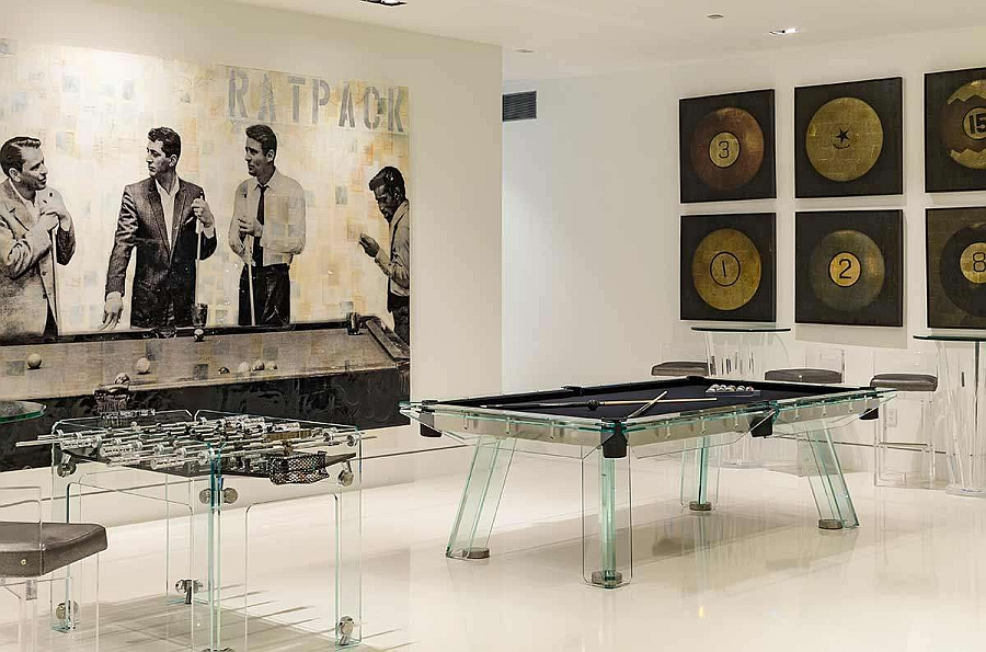 Game-zone-with-a-fooseball-table-and-pool-table-in-acrylic